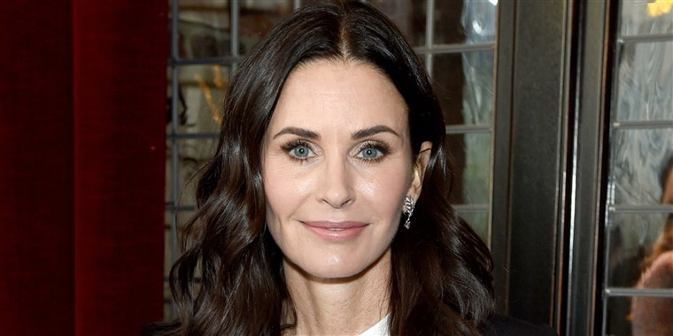 courteney_-cox-stop-fillers-today-main-190215_e46e71467029f1c00a9850bab8ea7939.fit-760w