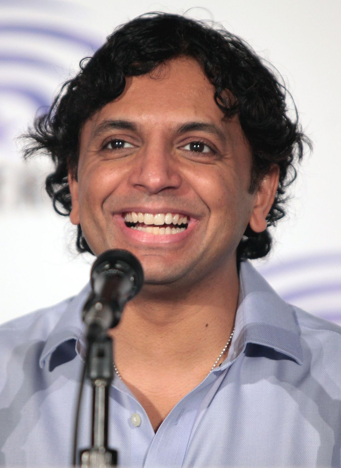 M._Night_Shyamalan_by_Gage_Skidmore